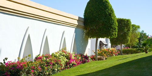 Hotel Landscaping